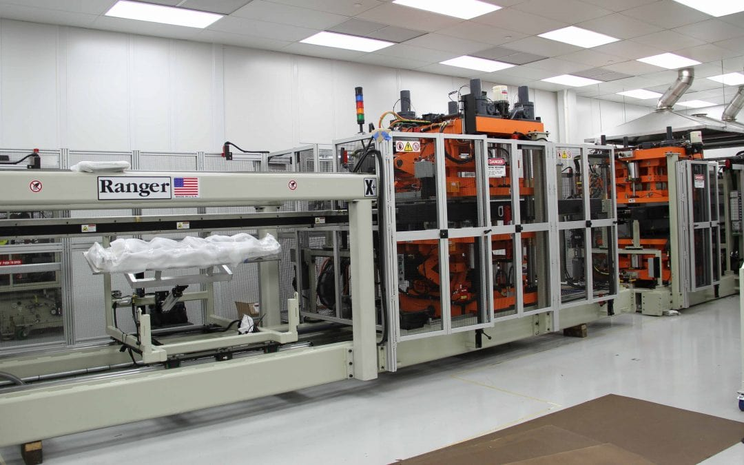 New Long Tray Forming Machine Leads Industry